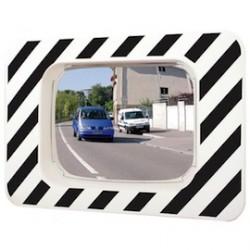 Miroir de circulation voie publique