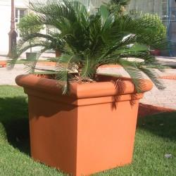 Jardinière carrée en polyèthylène