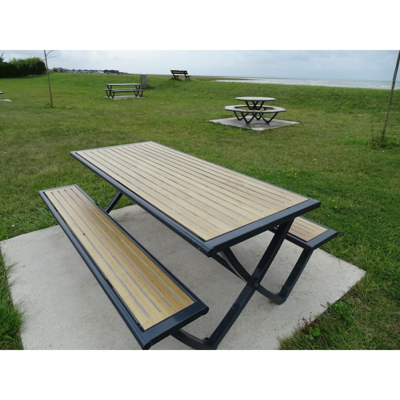 table pique nique octogonale en stratifi compact. Black Bedroom Furniture Sets. Home Design Ideas