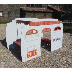 Cabane CENTRE DE SECOURS (pour enfants de 1 à 4 ans)