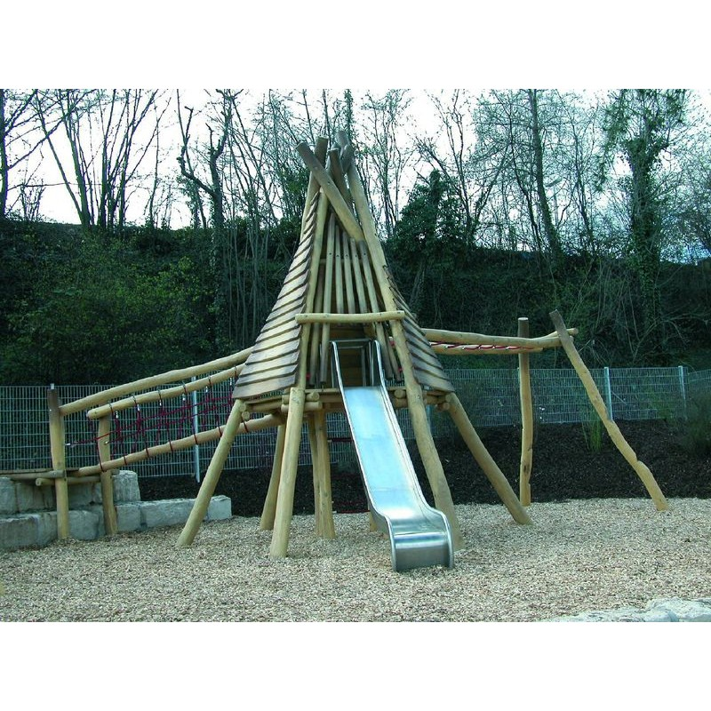 structure de jeux en bois de robinier tipi am rindien pour aire de jeux. Black Bedroom Furniture Sets. Home Design Ideas