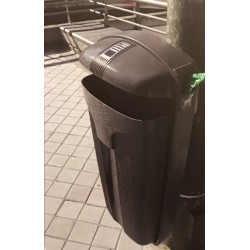 Poubelle-cendrier 50 litres + distributeur de sacs à crottes