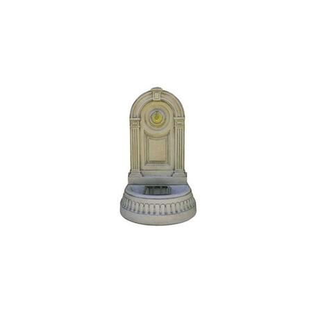Fontaine coloniale en béton