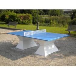 Table ping-pong en matériaux composites