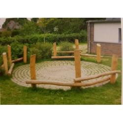 Banquettes en cercle en bois de robinier