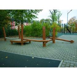 Parcours d'agilité en bois de robinier