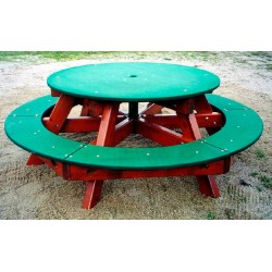 Table ronde en bois pour l'extérieur