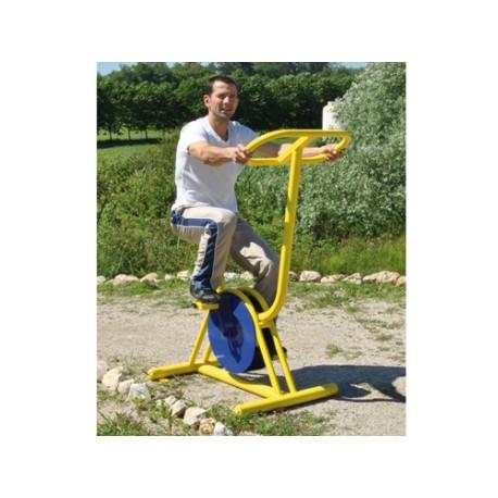 Le vélo appareil de remise en forme