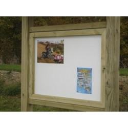 Panneau d'affichage bois avec vitrine sans toit (130 cm x 130 cm)