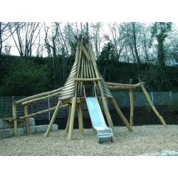 Aire de jeux tipi amérindiens en bois de robinier